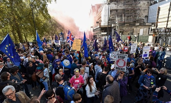 100,000s march against Brexit in London, 20 October 2018