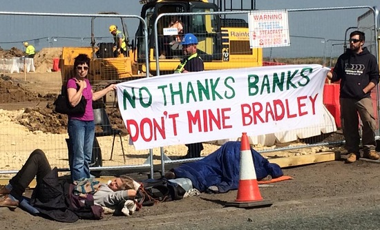 Protesters say 'No Thanks Banks' at the Pont Valley site