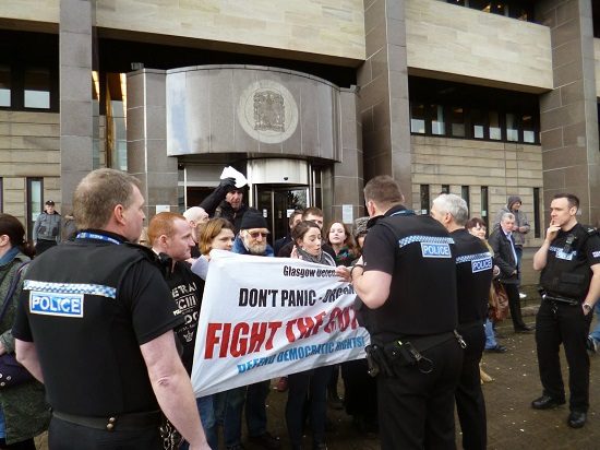 Arrests of FRFI supporters during student protests in Glasgow - 9 Dec 2010