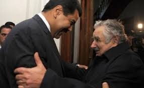Maduro meets with Uruguays Pepe Mujica